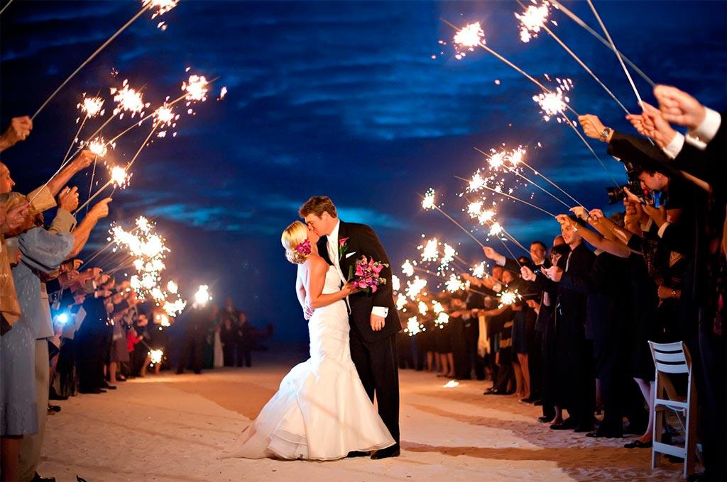 Ways to create memorable wedding photos - Weddicious