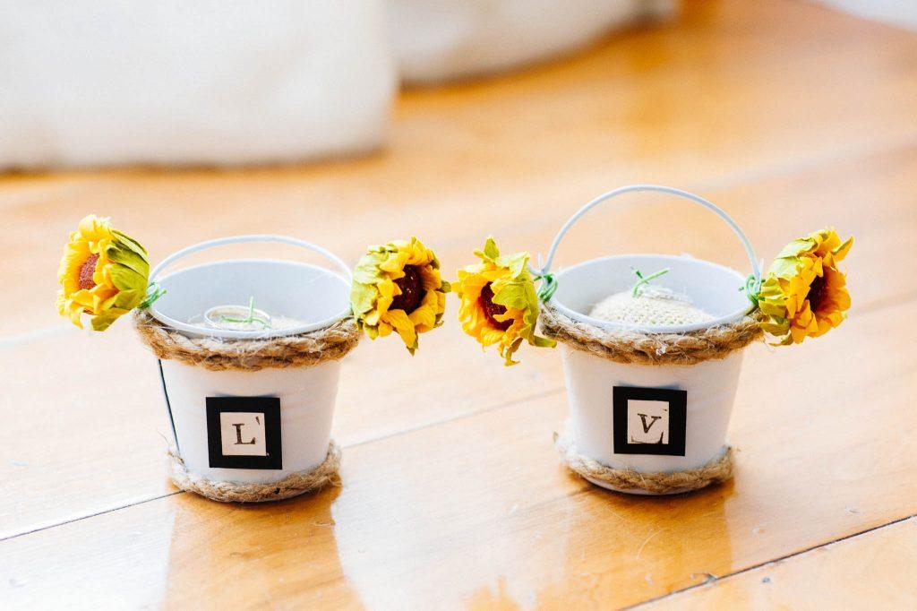Alternative wedding ring carriers
