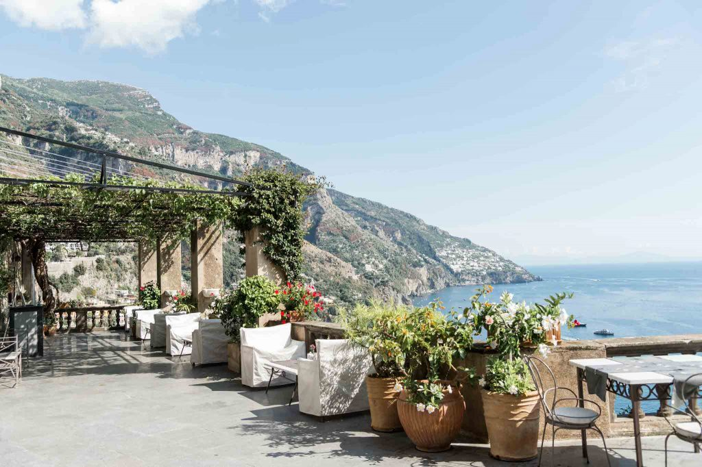 Balcony with view over Positano bay