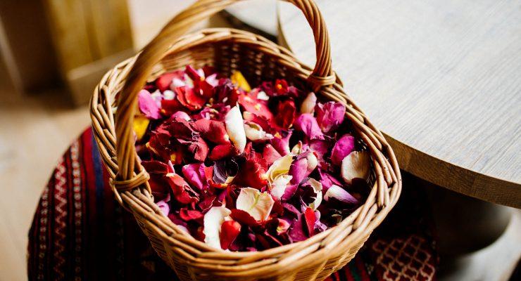 Real petals at an eco friendly wedding